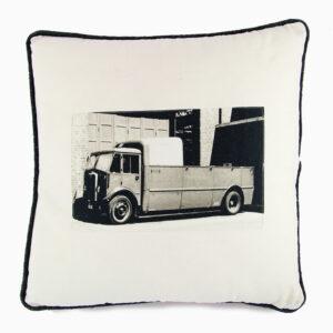 cuscino-cotone-camion-beige-nero-40x40