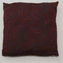 cuscino-geometria-bordeaux-rosso-01