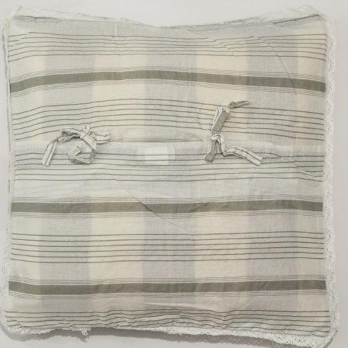 cuscino-pois-grigio-bianco-40x40-03