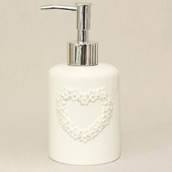 erogatore-sapone-liquido-ceramica-bianco-cuore-fiorellini-luxe-lodge-800