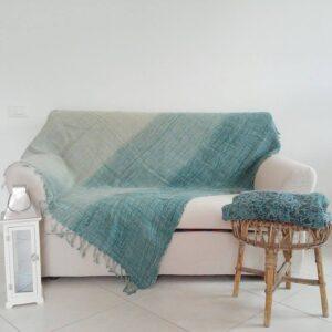 Plaid in lino su divano