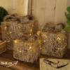 pacco regalo in vimini e luci led misura 15 cm