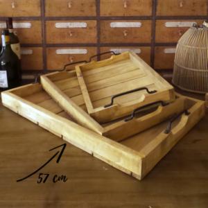 vassoio legno a doghe con manici in metallo brunito grande 57 cm